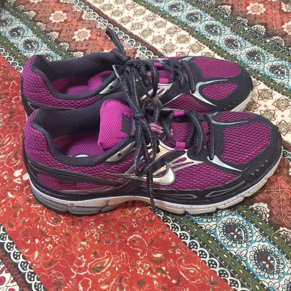 65a0a5f91 Nike Shoes - Women s Nike Bowerman Shoes size 8 - New